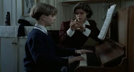 Guru piano yang jadi idola